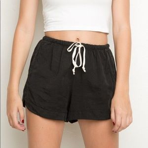 NWT Brandy Melville Eve Shorts